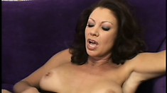 His big cocks stretches her MILF pussy when he fucks her hard